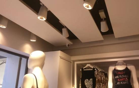 80e5679d210cf تركيب بوابة انذار سرقة ملابس في محل فانيليا
