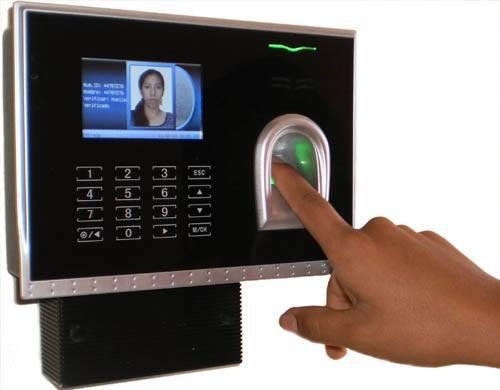 جهاز تسجيل الحضور والانصراف بالبصمة - ZK-TK100